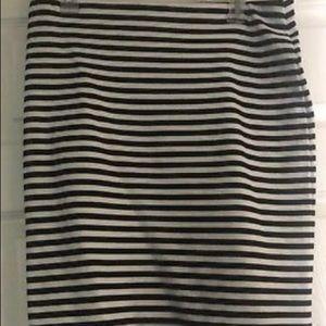 Gap Black and White Strip Stretch Skirt Medium